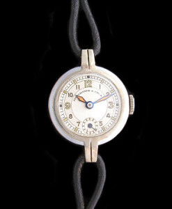 abcrombie_fitch_cocktail_watch