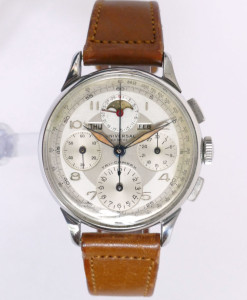 universal-geneve-tri-compax-vintage-chronograph-watch